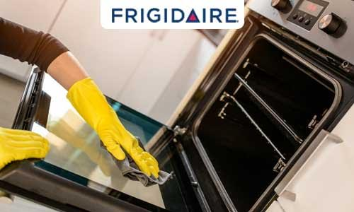 Method-cleaning-oven-inside